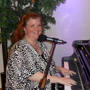 Houston, TX Pop Pianist | Amy Lauro