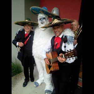 Eudora Wedding Band | The 3 Amigos Kc Mariachi Band