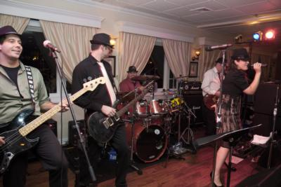 The Groove Junkies | New Haven, CT | Cover Band | Photo #2