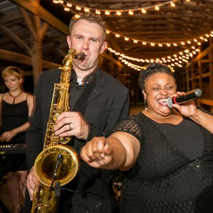 Trenton Dance Band | Kazz Music Orchestra