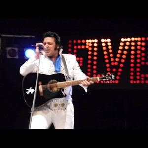 Cherry Fork Elvis Impersonator | RONNIE MILLER - R&M TRIBUTE ENTERTAINMENT