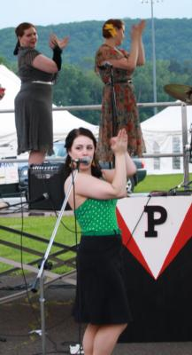 Peaches And Crime | Binghamton, NY | Cabaret Band | Photo #17