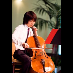 Orange Violinist | Romantic Cello