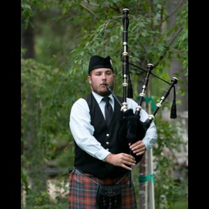 Green Valley Lake Bagpiper | Timothy Burke