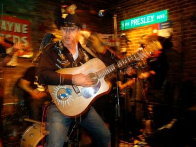 Travis And The Longhorns | New York, NY | Country Band | Photo #1