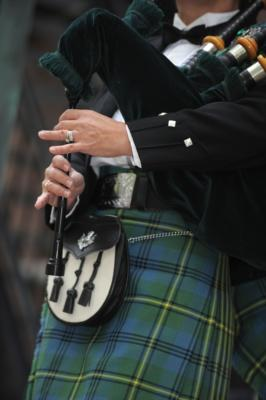 Kim Montgomery Johnson | Troy, MI | Bagpipes | Photo #1