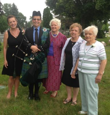 Kim Montgomery Johnson | Troy, MI | Bagpipes | Photo #5