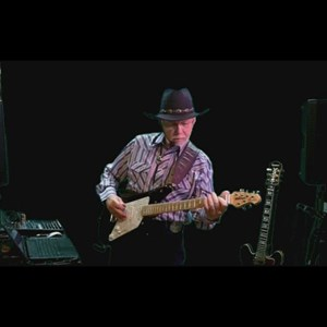 Collins Country Singer | Jerry Mckinney (One Man Band) Country Classics