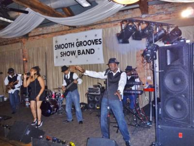 Smooth Grooves Show Band | Loganville, GA | Variety Band | Photo #5