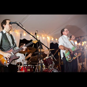 Fitzgerald Wedding Band | Traveling Riverside Band
