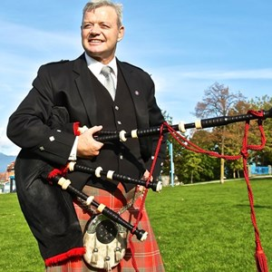 Coquitlam, BC Bagpiper | Mike Chisholm Vancouver Bagpiper