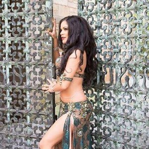 Naugatuck, CT Belly Dancer | Kelvia