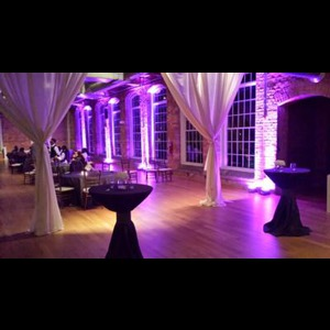 Raleigh Wedding DJ | THE MUZIC MACHINE