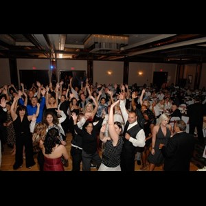 Robinson Karaoke DJ | Texas Variety Entertainment |Best Waco Wedding DJ