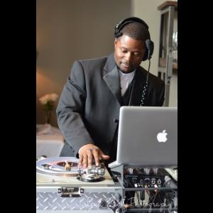 Rockwell Latin DJ | Boss Playa Productions - Mobile DJ Service