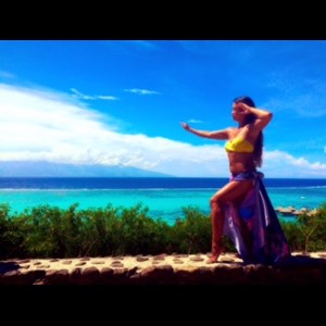 Charles Town Hula Dancer | Hawaiian Entertainment & Catering Company