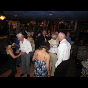 Sprague River Wedding Singer | Steve DiNicola