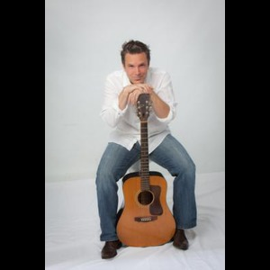 Rockford Variety Singer | Robert Cunningham- Best New Guitar/Vocalist!