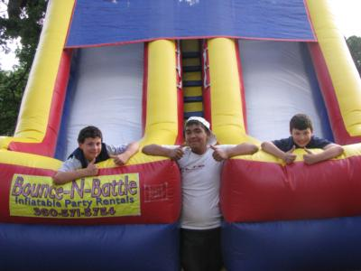 Bounce-N-Battle   Inflatable Party Rentals | Vancouver, WA | Party Inflatables | Photo #3