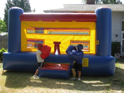 Bounce-N-Battle   Inflatable Party Rentals | Vancouver, WA | Party Inflatables | Photo #5