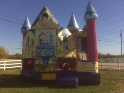 Busy Bouncing, LLC | Englewood, OH | Party Inflatables | Photo #14