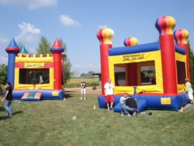 WeeBee Bouncin, LLC | New London, WI | Party Inflatables | Photo #1