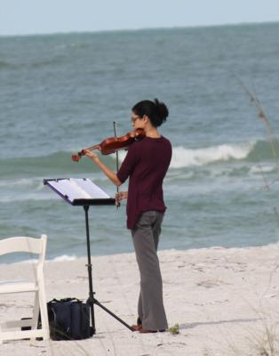 Leah Diane | Tampa, FL | Violin | Photo #4