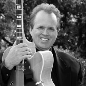 Riverside Jazz Guitarist | Steven Greenfield