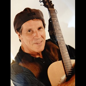 Lake City Acoustic Guitarist | Ron Moore