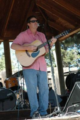 Lee Johnson, Guitarist/Singer/Entertainer | Boulder, CO | Acoustic Guitar | Photo #7