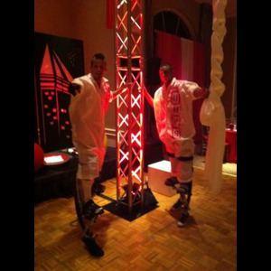 Urban Bounce Team/ Miami Stilt Walkers - Stilt Walker - Miami, FL