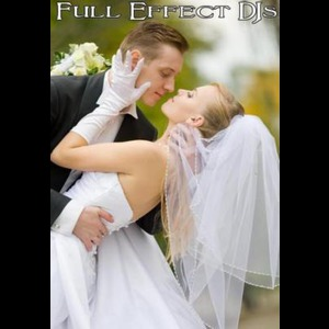 Pointe Aux Pins DJ | Full Effect DJ Service