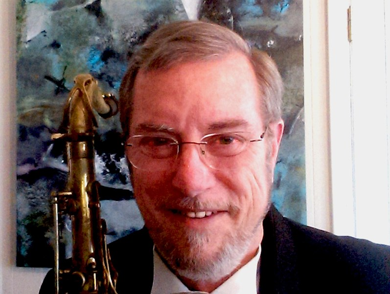 Dave Jones - Solo jazz sax, duos and bands. - Jazz Saxophonist - Biloxi, MS