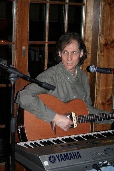 Tim Gleeson: Guitar/Piano/Vocals - Guitarist - Moorestown, NJ