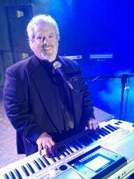 MARK CUTTLER  PIANO/KEYBOARDS/VOCALS | Delray Beach, FL | One Man Band | Photo #1