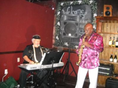 MARK CUTTLER  PIANO/KEYBOARDS/VOCALS | Delray Beach, FL | One Man Band | Photo #12