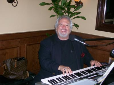 MARK CUTTLER  PIANO/KEYBOARDS/VOCALS | Delray Beach, FL | One Man Band | Photo #6