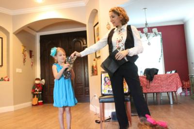 Magic Suzy - Magician Tampa and St Petersburg FL | Saint Petersburg, FL | Magician | Photo #4