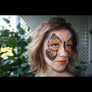 Pine Apple Face Painter | Facesunlimited