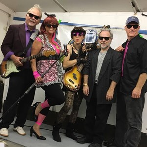 Los Angeles, CA Dance Band | Retro Station