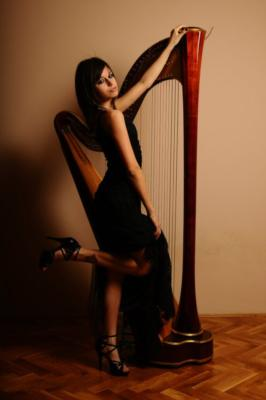 Anya Harp | Los Angeles, CA | Harp | Photo #7