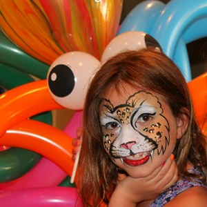 Columbus Costumed Character | A Face Painting Mom