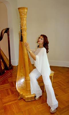 Sylvia Kowalczuk | Forest Hills, NY | Classical Harp | Photo #18