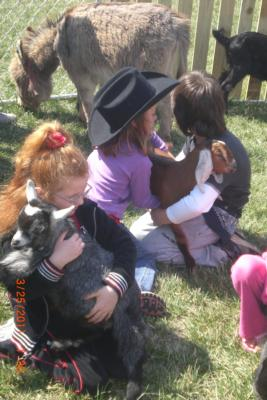 Four Points Ranch & Petting Zoo | Augusta, KS | Petting Zoo | Photo #4
