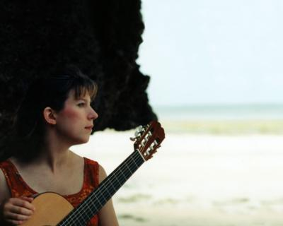 Elizabeth CD Brown | Seattle, WA | Acoustic Guitar | Photo #5