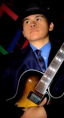 Cristian Perez | Fairfax, VA | Classical Guitar | Photo #4