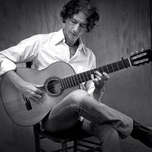 Davenport Flamenco Guitarist | Lliam Christy