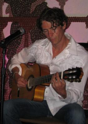Lliam Christy | Saint Louis, MO | Flamenco Guitar | Photo #2