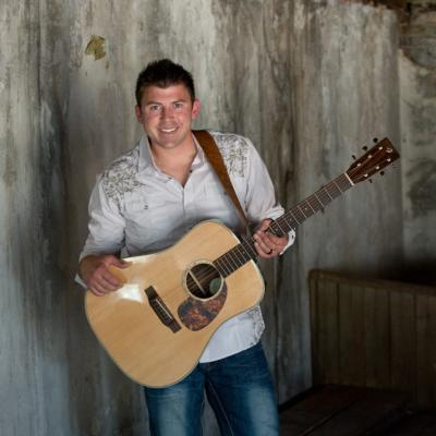 Levi Riggs | Louisville, KY | Country Band | Photo #13