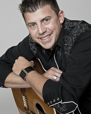 Levi Riggs | Louisville, KY | Country Band | Photo #9